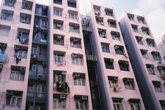 Somewhere in Shek Kip Mei. Love the colour of the flat